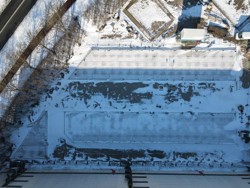 12 02 21 bouwterrein sneeuw 02