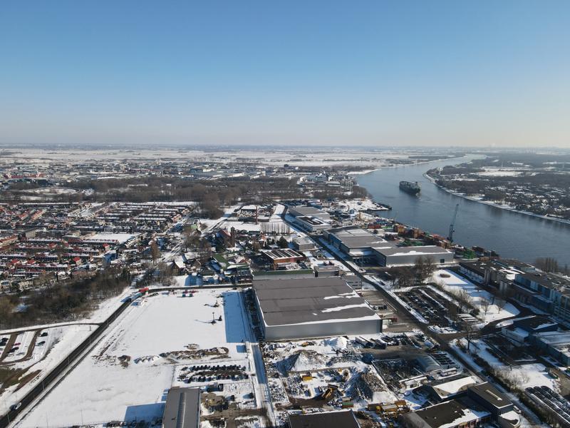 12 02 21 bouwterrein sneeuw 10