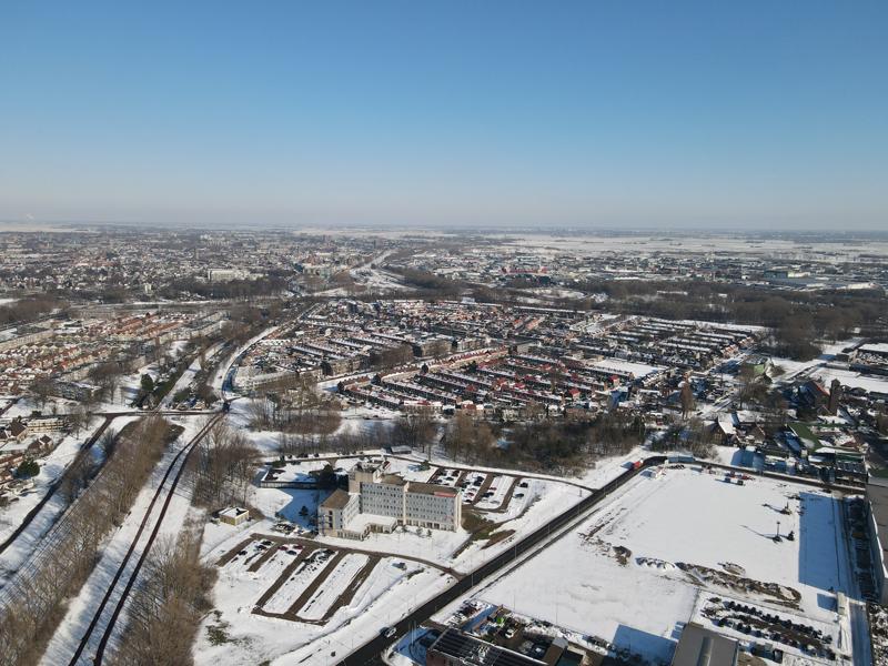 12 02 21 bouwterrein sneeuw 11