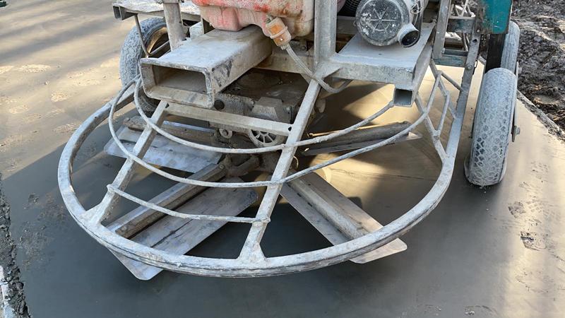 24 02 21 betonvloer gevlinderd 05