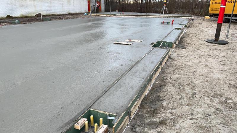 24 02 21 storten betonvloer 08