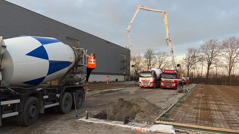 24 02 21 storten betonvloer 12