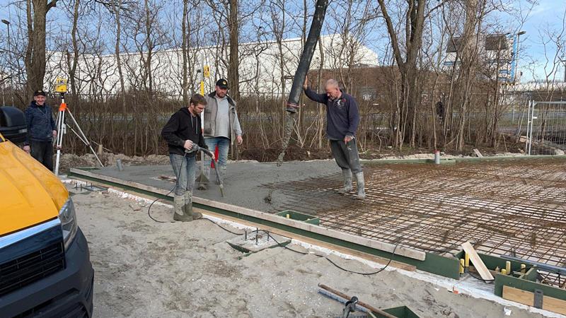 24 02 21 storten betonvloer 25