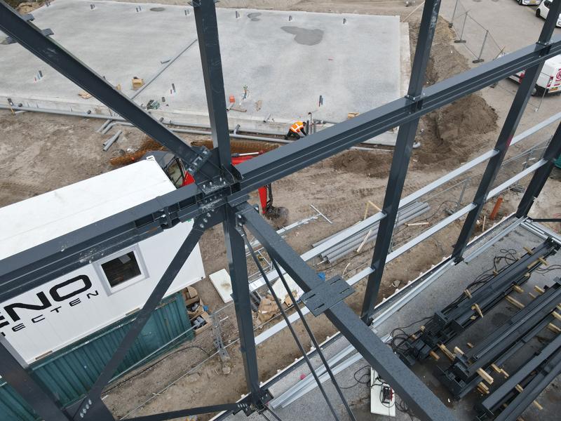 13 04 21 plaatsen betonplaten verdiepingsvloer 25