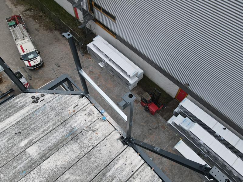13 04 21 plaatsen betonplaten verdiepingsvloer 29
