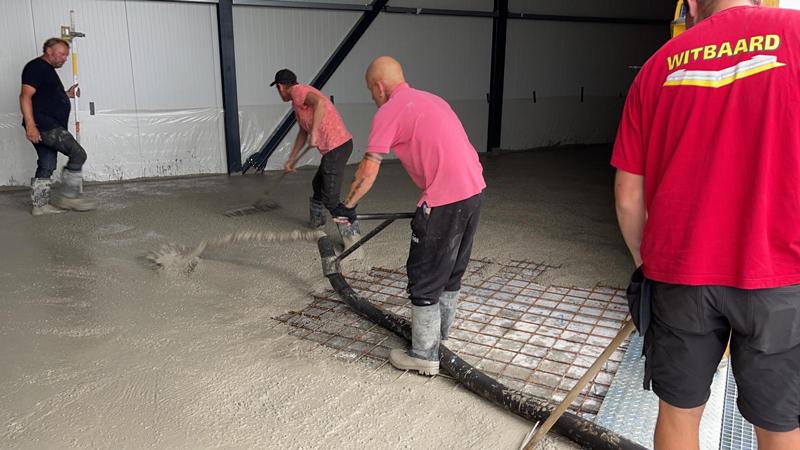 14 07 21 storten betonvloer 28