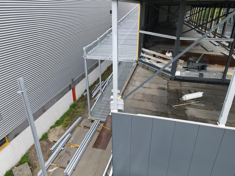 30 06 21 dakbedekking klaar 02