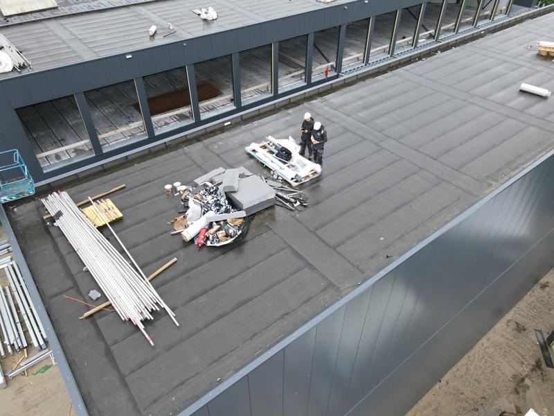 30 06 21 dakbedekking klaar 12